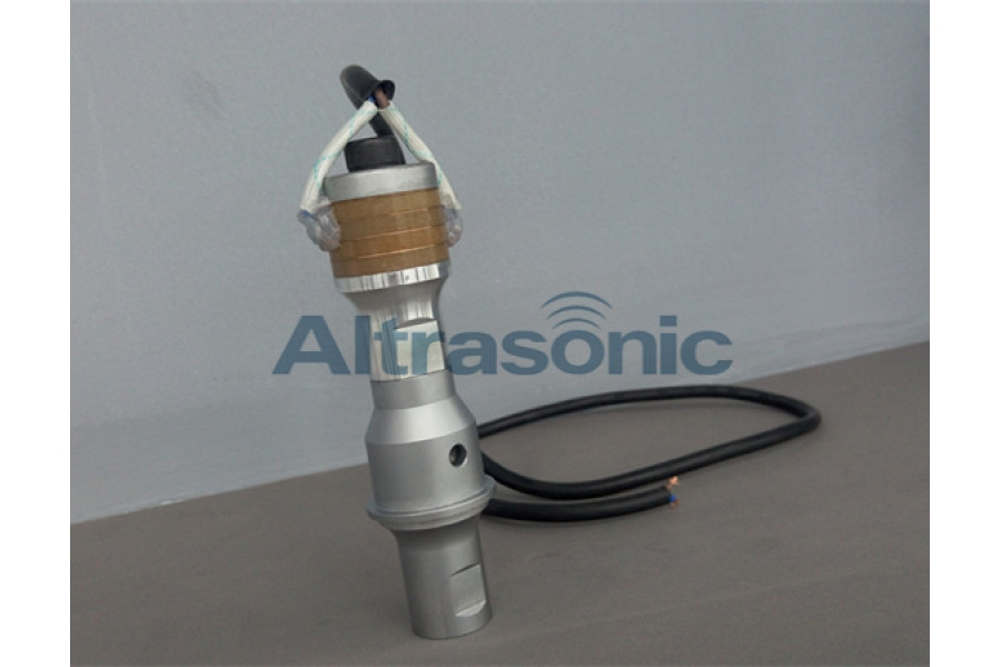 35KHz Ultrasonic Osillator  with 4 Pieces Import Piezoelectric Sandwiched Ceramic