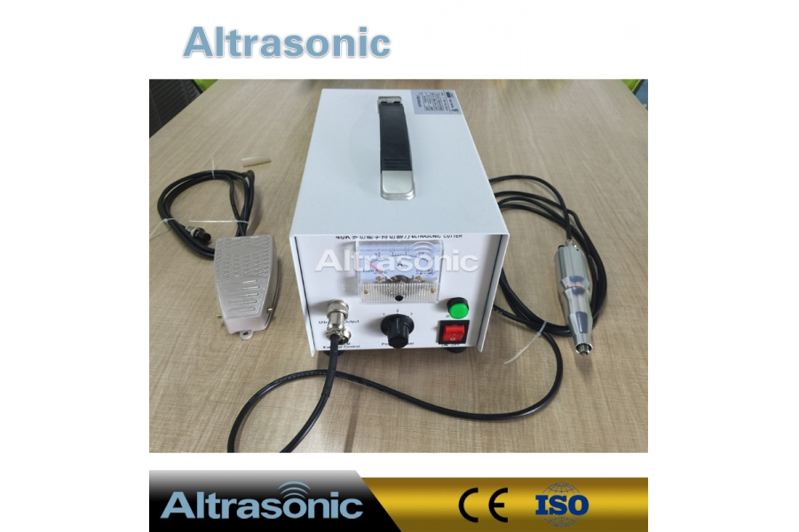 40khz Ultrasonic Cutting Equipment with Repalcebale Blades for Non  Woven Fabric