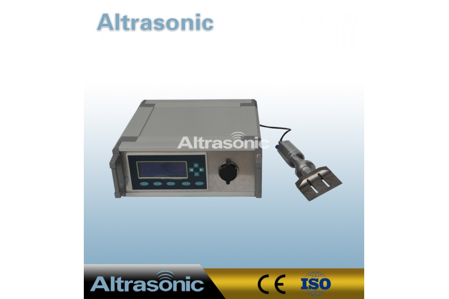 Titanium Blade 40khz Ultrasonic Cutting Equipment For Rubber Product No Deformation