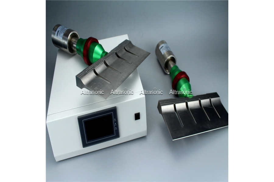 Ultrasonic Food Slicing Cutter 305mm with Digital Generator for Dough Cutting in Bakery Products