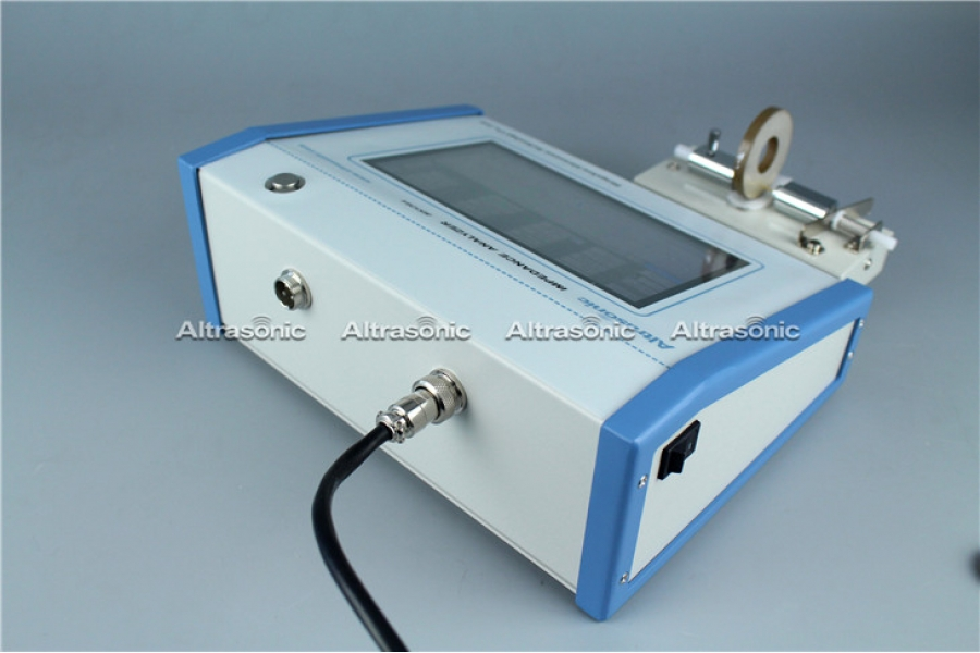 Cheap and Sample Piezoelectric Transducers Testing Instrument