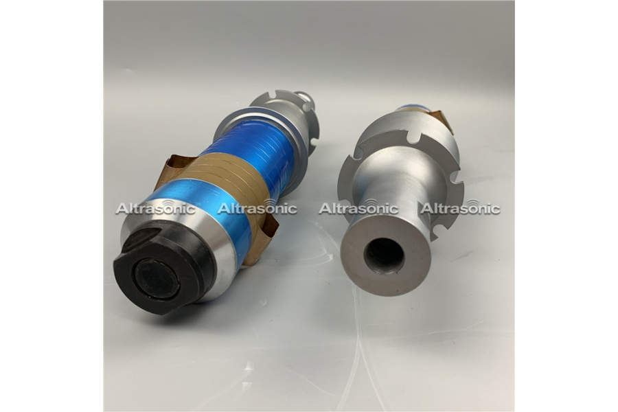 Ultrasonic Welding Transducer 15Khz With Booster